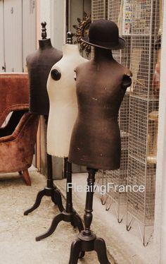 Paris mannequins-FleaingFrance