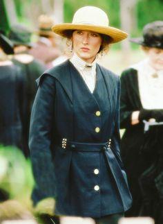 "Meryl Streep - ""Out Of Africa"" (1985) - Costume designer : Milena Canonero"