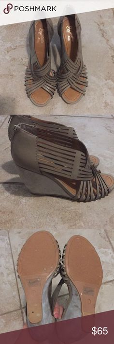 Seychelles Taupe Wedges Comfortable strappy wedges • worn once • versatile color matches with everything Seychelles Shoes Wedges