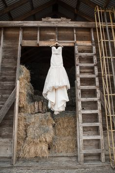 Dress for rustic style wedding