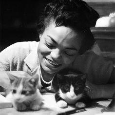 Eartha Kitt. Photographed by Gordon Parks. (1952)