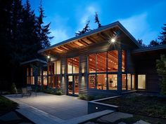 Port Townsend Residence by Lawrence Architecture
