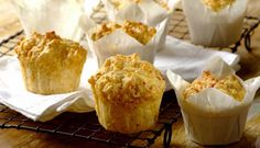 Cheese muffins are great at breakfast, as a snack and even at dinner time instead of bread. Add a pinch of Robertsons herbs and your muffins will taste great. Cheese Muffins, South African Recipes, Cheese Recipes, Kids Meals, Yummy Treats, Baking Recipes, Delish, Snacks, Dinner