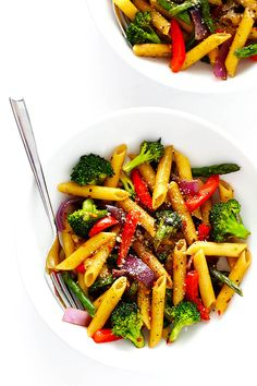 This Balsamic Veggie Pasta recipe is quick and easy to make, loaded with fresh veggies, and tossed with a delicious balsamic vinaigrette and Parmesan. Healthy Pastas, Healthy Soup Recipes, Vegetarian Recipes, Cooking Recipes, Healthy Lunches, Easy Recipes, Dinner Recipes, Veggie Pasta Recipes, Noodle Recipes