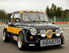 The Watch Spotter Retro Cars, Vintage Cars, Sport Cars, Race Cars, Le Mans, Fiat 500 Pop, Moto Car, Fiat Cars, Fiat Abarth