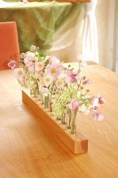 Vase de bois et de tubes à essai vase pour la par Myflowermeadow