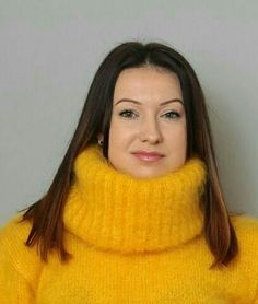 Thick Sweaters, Wool Sweaters, Pullover Sweaters, Jumper, Kreative Jobs, Gros Pull Mohair, Red T, Angora Sweater, Yellow Fashion