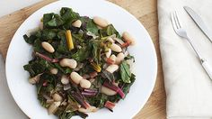 White Beans with Greens and Lemon - Instant Pot Recipes Protein, Cancer Fighting Foods, Most Nutritious Foods, Vegetable Nutrition, Wine Recipes, Vegan Vegetarian, Healthy Recipes, Lemon Recipes, Healthy Tips