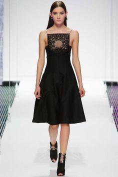 Christian Dior Resort 2015: Anne Hathaway (www.ifiwasastylist.blogspot.com)