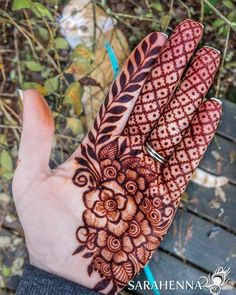 Mehndi or Henna for Fingers Designs Floral Henna Designs, Mehndi Designs Book, Back Hand Mehndi Designs, Mehndi Designs For Girls, Mehndi Designs For Beginners, Modern Mehndi Designs, Dulhan Mehndi Designs, Mehndi Design Photos, Mehndi Designs For Fingers