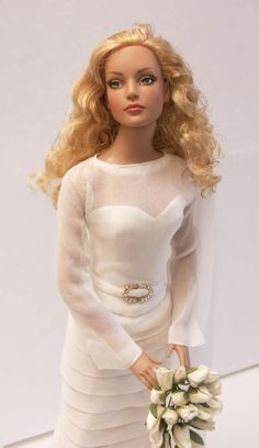 Wow, very life like face......Wedding Day Grace--can't find original source, anyone know? I think this is a Tonner Doll- Cami with curly hair