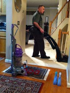 MYO: Homemade Carpet Steam Cleaner Solution