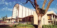 Ditsong National Museum - Cultural History - Pretoria ----  Works of iconic figures of the South African art world are on display along with South African crafts, including beading, weaving, basketry nd embroidery..
