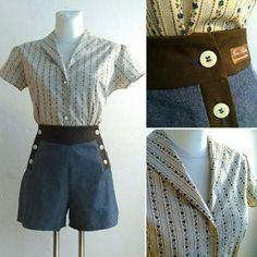 "1940s inspired summer outfit: high waist button trousers and vintage style flowers ornament blouse. Marlene Sailor Shorts ""Lena Marie"" mit zwei Knopfleisten und Blümchen Ornament Bluse ""Roma"". http://www.feineschnitte.berlin"