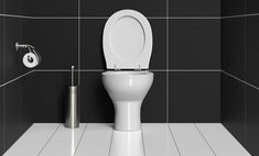 Recette à base de bicarbonate de sodium, vinaigre, sels et d'huiles essentielles pour fabriquer un nettoyant écologique pour les toilettes.