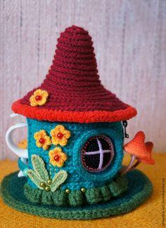 """Купить Грелка на заварник """"Цветочный домик"""" (с заварником) - грелка на чайник, грелка на кружку"""