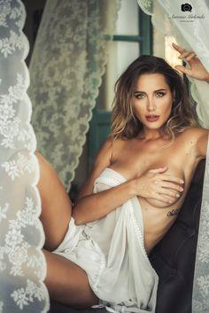 11 Dicembre 2020 Antonio Girlando TOP SELECTION Erotic Photography, Sadie, One Shoulder Wedding Dress, The Selection, Congratulations, Curves, White Dress, Beautiful, Wedding Dresses