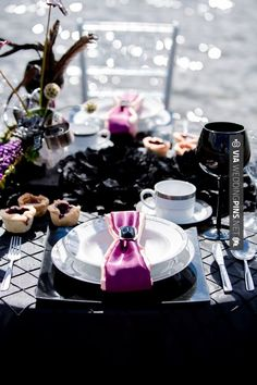 Brilliant! - Black Reception Table  |  env photography | CHECK OUT MORE GREAT BLACK AND WHITE WEDDING IDEAS AT WEDDINGPINS.NET | #weddings #wedding #blackandwhitewedding #blackandwhiteweddingphotos #events #forweddings #iloveweddings #blackandwhite #romance #vintage #blackwedding #planners #whitewedding #ceremonyphotos #weddingphotos #weddingpictures