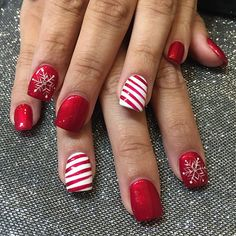 Perfect Holiday Nails 🎄❄️☃ by Lin❄️Nail Garden Porter Ranch – Northridge hurry call us today book your appointment 818.368.4444 We are located on the corner of Tampa and Rinaldi at the Whole Foods Plaza #mani #manicure #gel #gelmanicure #spa #salon #beauty #beautiful #igers #instadaily #pretty #porterranch #picoftheday #pamper #red #cute #colors #candycanestripes #chatsworth #granadahills #nails #nailart #nailspa #nailswag #nailpolish #northridge #nailgarden #nailgardenporterranch
