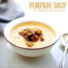 Roasted butternut pumpkin soup w/ crunchy maple croutons