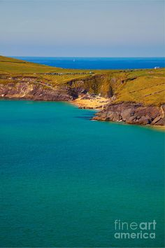 ✮ Beach at Dunmore head on Dingle Peninsula in summer, Ireland