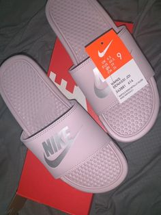 Shop Women's Nike Pink size 9 Sandals at a discounted price at Poshmark. Description: Brand new shade is called blush. Ask questions make an offer.