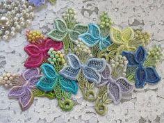 Venise Lace Flower Applique Motifs Hand Dyed by RavioleeDreams, $2.75