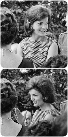 Jackie Kennedy, May John Kennedy, Jackie Kennedy Style, Jacqueline Kennedy Onassis, Jack Johns, Jaqueline Kennedy, American First Ladies, John Fitzgerald, Famous Women, Jfk