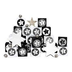 24 Adventskalender Kisten - zum selber befüllen - mit 24 Zahlenaufklebern - mit schwarz-weißen Kisten - von Papierdrachen Bunt, Cards, White Box, Crates, Cardboard Paper, Boxes, Decals, Presents, Map