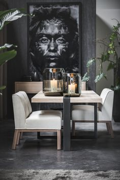Impressie showroom in Renkum. Dining Chairs, Dining Room, Dining Table, Home Design, Interior Inspiration, Showroom, Loft, Furniture, Gardens