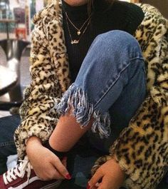 Top 10 Latest Casual Fashion Trends This Sufmmer - Modest Summer fashion arrivals. New Looks and Trends. The Best of street fashion in Looks Street Style, Looks Style, Style Me, Trendy Style, Bohemian Style, School Looks, Foto Fashion, Fashion Killa, Catwalk Fashion