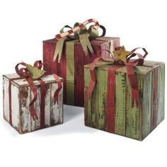 Artisan Packages with Bows - from Grandin Road (but maybe a skilled husband could make these).