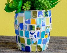 Whimsical Mosaic Heart with Personalized Sentiment Message Mosaic Flower Pots, Mosaic Pots, Pebble Mosaic, Mosaic Garden, River Rock Landscaping, Landscaping With Rocks, Landscaping Ideas, Backyard Landscaping, Peace By Piece