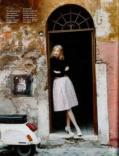 vintage inspired fashion | Jodie Kidd, August 1995