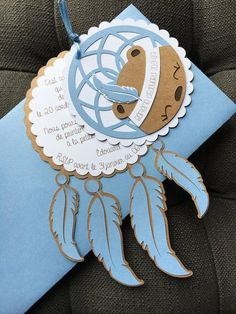 Birth announcement or christening Indian dream catcher Dreamcatcher fox Fox feathers Faire-Part Nais Baby Shower Fall, Baby Boy Shower, Cajas Silhouette Cameo, Art Party Cakes, Indian Birthday Parties, Baby Shower Souvenirs, Teepee Party, Hippie Baby, Creative Gift Wrapping