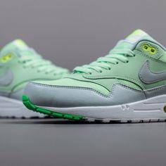 Nike Air Max 1 Essential: Vapour Green