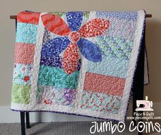 Jumbo Coins Baby Quilt Tutorial on the Moda Bake Shop. Baby Quilt Tutorials, Quilting Tutorials, Quilting Projects, Sewing Projects, Free Tutorials, Quilting Ideas, Sewing Ideas, Quilt Baby, Baby Quilt Patterns