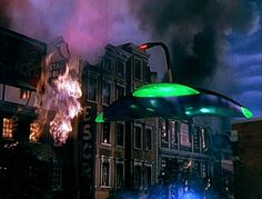 War of the Worlds 1953 Director:  Byron Haskin Cast:  Gene Barry, Ann Robinson, Less Tremayne 1954 Academy Awards for Best Visual Effects