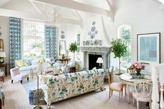 Caroline Harrowby interior design Ludlow England townhouse English countryside historic home garden timeless classic traditional Chinoiserie, Bunny Mellon, Gros Morne, Mark Sikes, Atlanta Homes, Atlanta Condo, California Homes, Montecito California, California Vacation