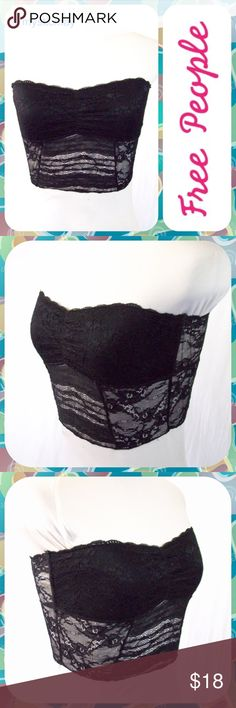 "FREE PEOPLE Black Stretch Lace Bandeau Bra Size S Essential black lace bandeau from Free People with scallop lace edging above the bust. Stretchy and comfortable. Lined across the bust and semi-sheer along the midsection and back. Size Small (4/6). Measures 14"" across the chest (laid flat, not stretched) and 9"" in length. Looks Like New! Free People Intimates & Sleepwear Bandeaus"