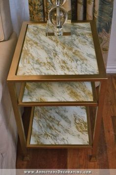 DIY Marbleized Back-Painted Glass End Table - Addicted 2 Decorating® Glass Top End Tables, Diy End Tables, Glass Top Coffee Table, Diy Table, Glass Table, Furniture Update, Diy Furniture Projects, Diy Projects, Glass Furniture