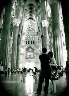 vintage balck and white photos architectures   Vintage Sagrada Familia - 5x7 Gaudi Cathedral Architecture Black White ...