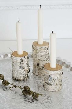 Easy Winter Home Decor Inspiration for Your Small Space - Winter home decor is also fun to do in a small space, and it is surprisingly easy! Go check out our list below. Diy Candle Holders, Diy Candles, Wood Crafts, Diy And Crafts, Deco Originale, Winter Home Decor, Candle Stand, Deco Table, Home Decor Inspiration