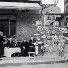 Gorros de seda para la Verbena. Años 50.