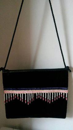 Bolso de terciopelo negro con detalles étnicos. Anna Civis Limited Edition