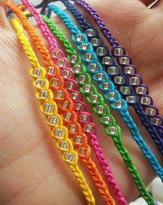 Trenzadas para atar pulsera con rocallas claro colores