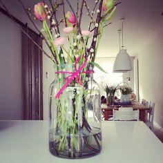 Mooie vaas, leuke pink touch ()