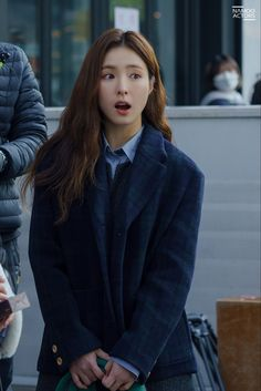 Im Siwan, Shin Se Kyung, Fashion Books, Beautiful Actresses, Korean Drama, Kdrama, Most Beautiful, Actors, Running
