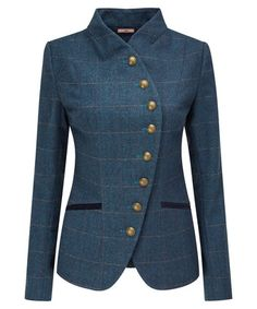 Heritage Herringbone Jacket At Joe Browns simple never means boring. This beautiful curved button down jacket is all about celebrating individual style. With a subtle and classic check, it will fast become a Joe Browns favourite. Suits For Women, Jackets For Women, Clothes For Women, Mode Style Anglais, Herringbone Jacket, Classy Work Outfits, Hai, Blazer Outfits, Jacket Pattern