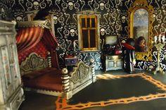 Playmobil Haunted Halloween Victorian Gothic Mansion 5302 custom house